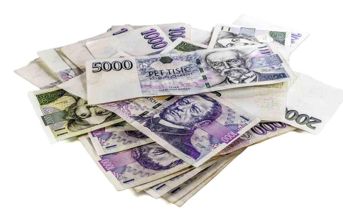 Pro první půjčku, je zde nabídka půjčení peněz – až 8 tisíc korun - bez poplatků a bez úroků.