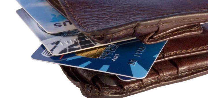 Speciálním typem kreditní karty bez příjmu jsou pak kreditní karty pro studenty.
